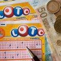 宝くじを買うなら1枚にしよう。100枚とか割とマジで狂気の沙汰。