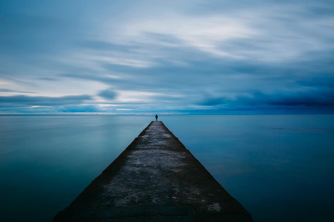 起業家の孤独 起業とは孤独に耐えること。必要なのは気迫。